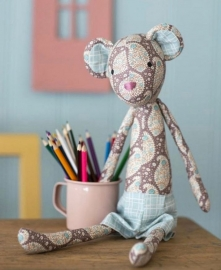 Tilda PlumGarden Bear Sewing Kit 500019